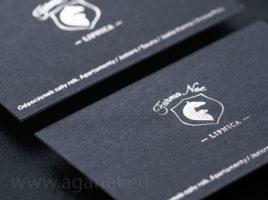 Srebrny hot-stamping i granatowy papier